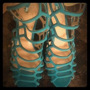 Vince Camuto Paxton caged sandals